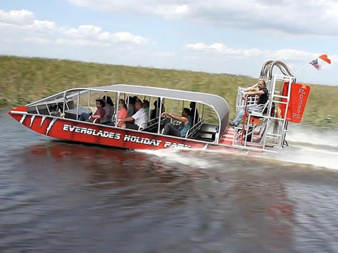 EVERGLADES TOUR HOLIDAY PARK
